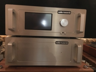 Audio Research REF10 Linestage Preamplifier (Used) 15da0010
