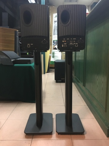 Withdraw - KEF LS50W wireless speaker with KEF speaker stands  (Used) 1e980b10