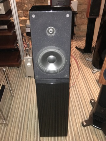 Verity audio Amadis speakers (Used) 1f478610