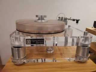 Basis Audio 2800 signature Diamond Signature Vacuum Turntable in Clear Acrylic (Used) 22ba6e10