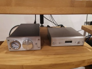 Basis Audio 2800 signature Diamond Signature Vacuum Turntable in Clear Acrylic (Used) 2b9a3310