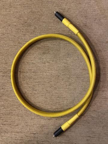 Harmonix HS-102 Digital RCA cable (Used) 35ec5210