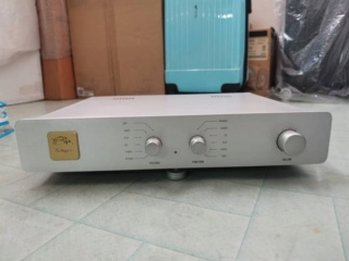 YBA Integre Delta DT Stereo Integrated Amplifier with phono stage (Used) 41e6d810