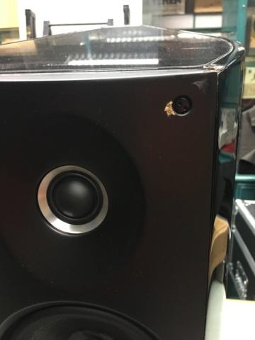 Sold - Sonus Faber Venere 2.0 bookshelf speakers (Used) 5ce9a210