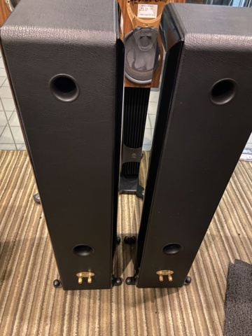 Sold - Sonus Faber Toy Tower floorstand speakers (Used) 6b53d610