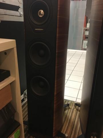Sonus Faber Olympica III floorstand speakers (Used) 8810e310