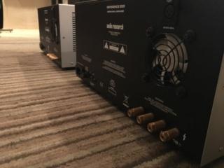 Audio Research Ref250 monoblock amplifier (Used) 90c68310