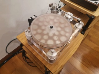 Basis Audio 2800 signature Diamond Signature Vacuum Turntable in Clear Acrylic (Used) 9b3bc710