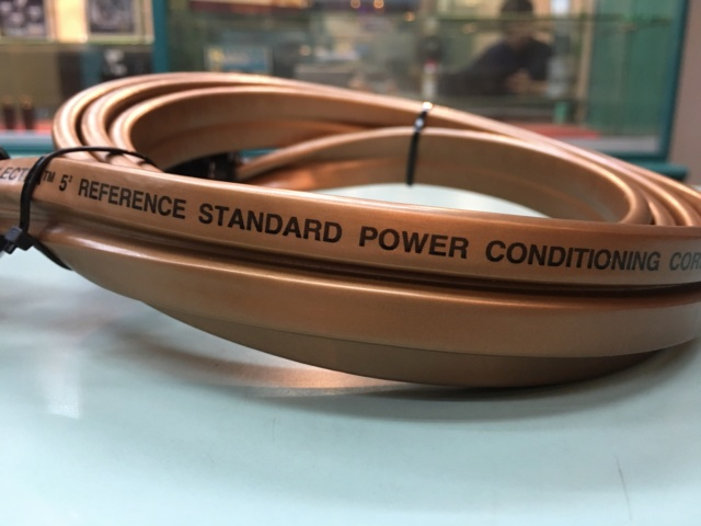 Cancelled  - WireWorld Gold Electra 5.2 Reference Power Conditioning Cord (Used) Cca0dd10