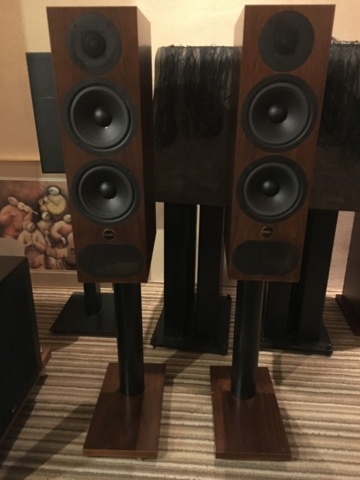 PMC Fact 3 standmounters speaker (Used)  F1ba7210