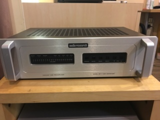 Sold - Audio Research SP17 tube pre-amplifier. (Used) F97adf10