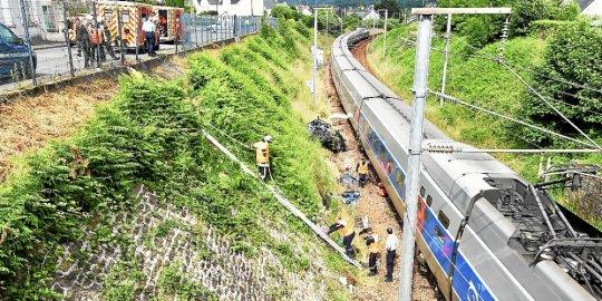 Landerneau. Collision entre un TGV et une voiture : un mort  Photo-13