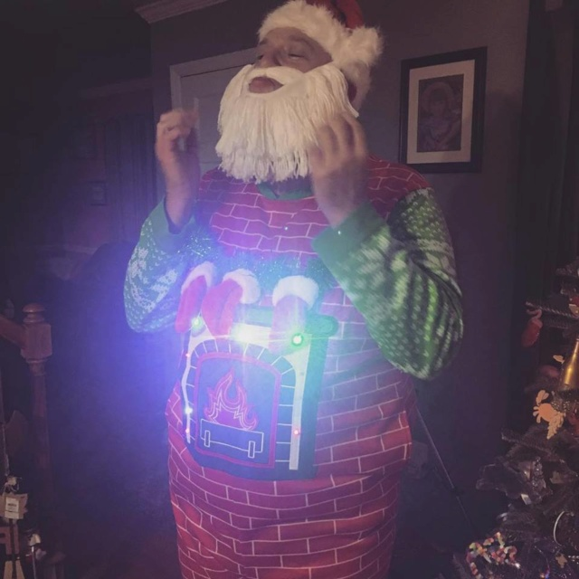 Post a special Christmas photo...of yourself! - Page 2 2ad15410