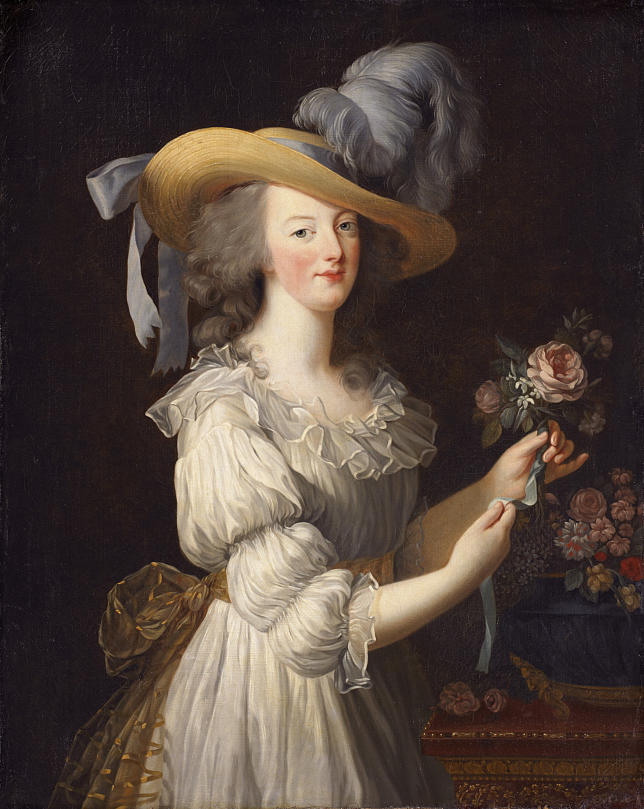 The Devil Wears A White Dress: Antoinette et la chemise  12146110