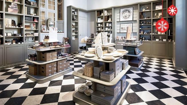 Boutique du Château de Versailles Dossie10