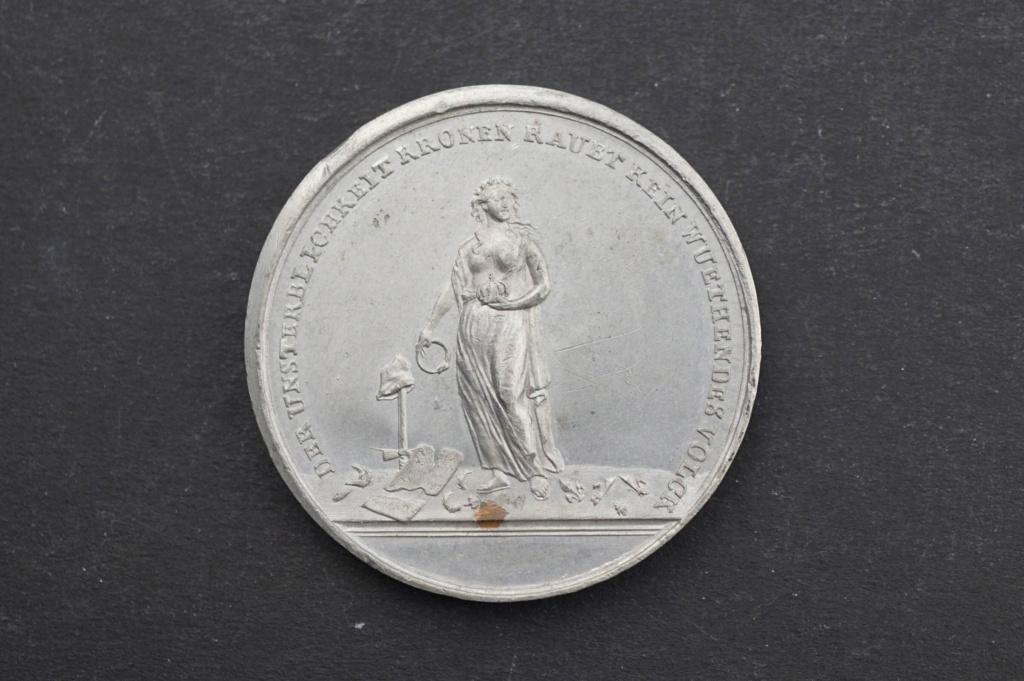 Pièces, médailles et médaillons mis en vente - Page 6 H2010211