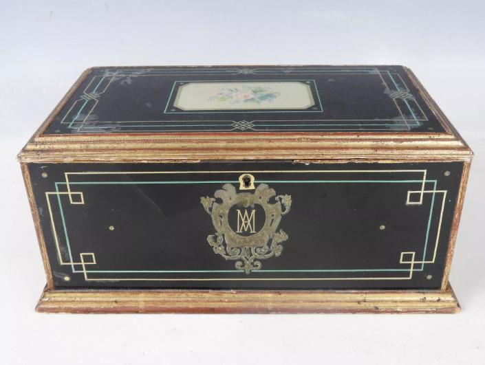 A vendre: meubles et objets divers XVIIIe et Marie Antoinette - Page 8 Zvale215