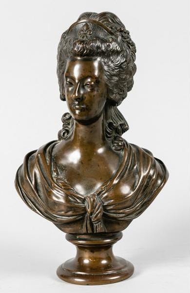 A vendre: bustes Marie Antoinette - Page 8 Zzant10