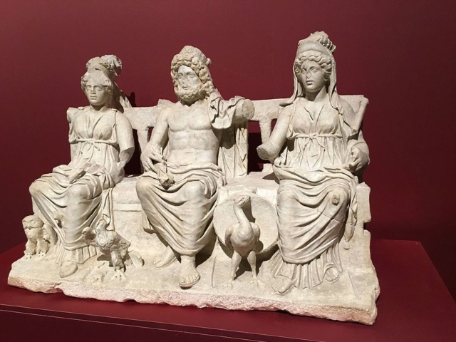 Les triades à travers les civilisations Triade12