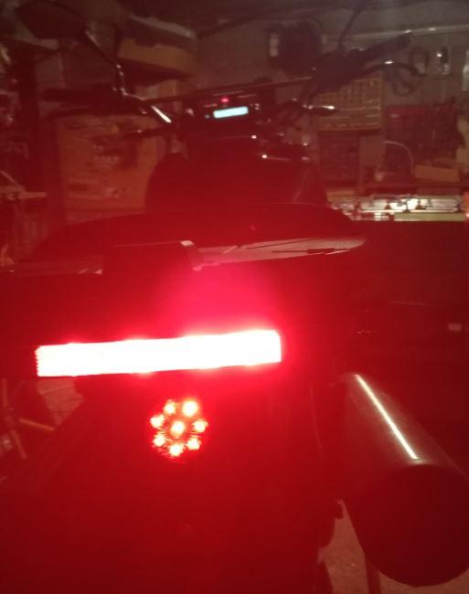 Trailtech Vapor : températures & régime moteur ? Feu_ar10