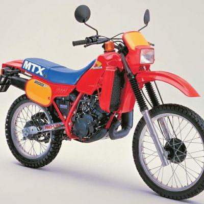 Votre première moto? A_212