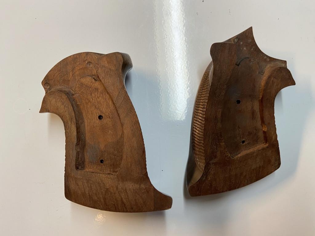WTS - Herrett Target revolver grips (large) - SOLD Df979d10