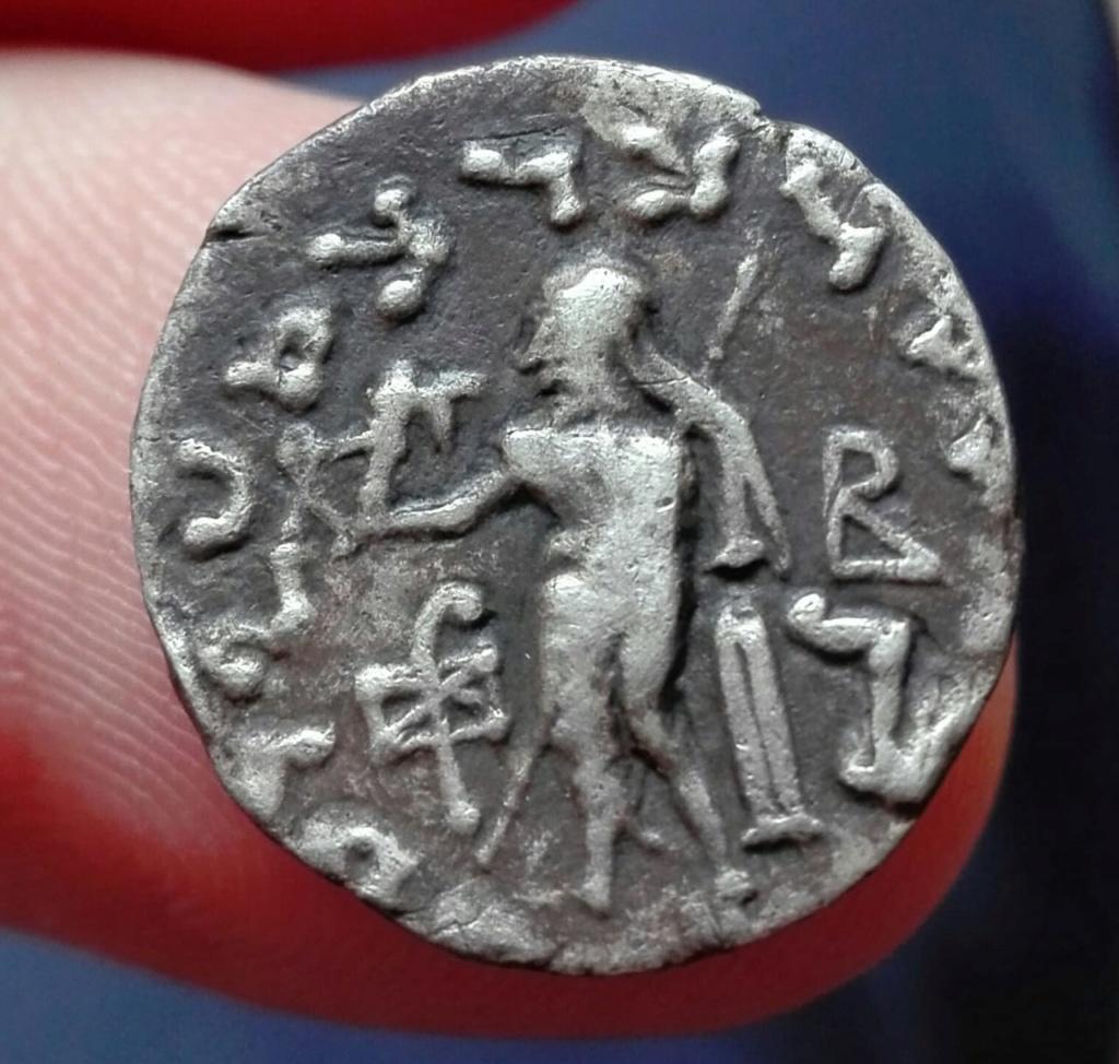 Indo Escita, dracma de Azes II, año 58 / 12 Whatsa18