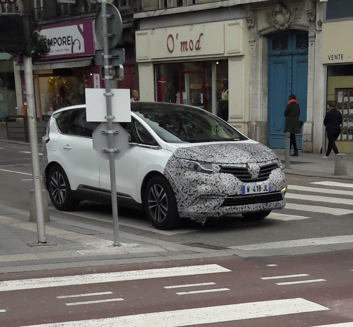 2020 - [Renault] Espace V restylé - Page 2 User_s10