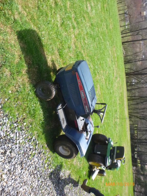 Murraymountain's Lawn Tractor Repairs P1100414