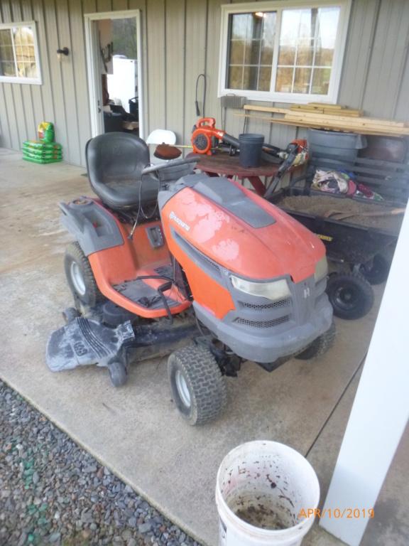 Murraymountain's Lawn Tractor Repairs P1100619
