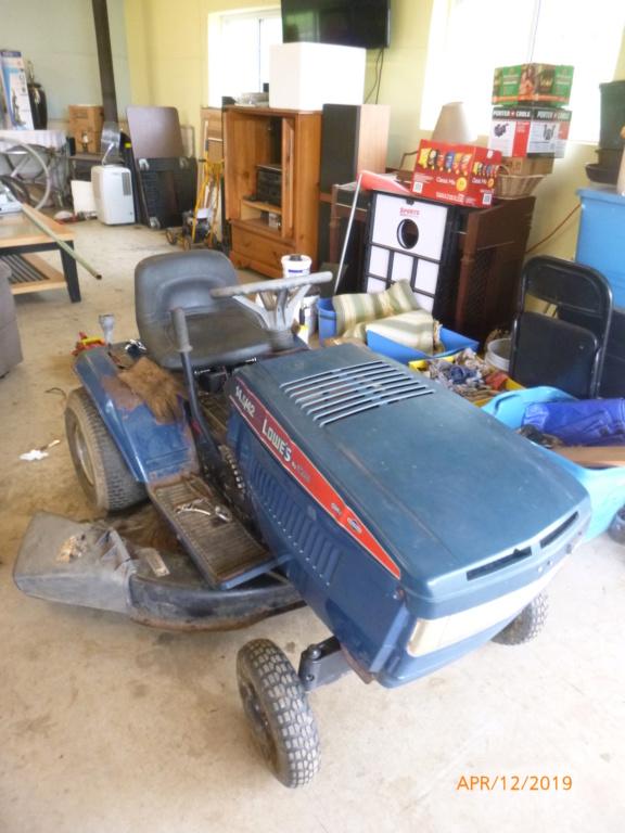 Murraymountain's Lawn Tractor Repairs P1100713
