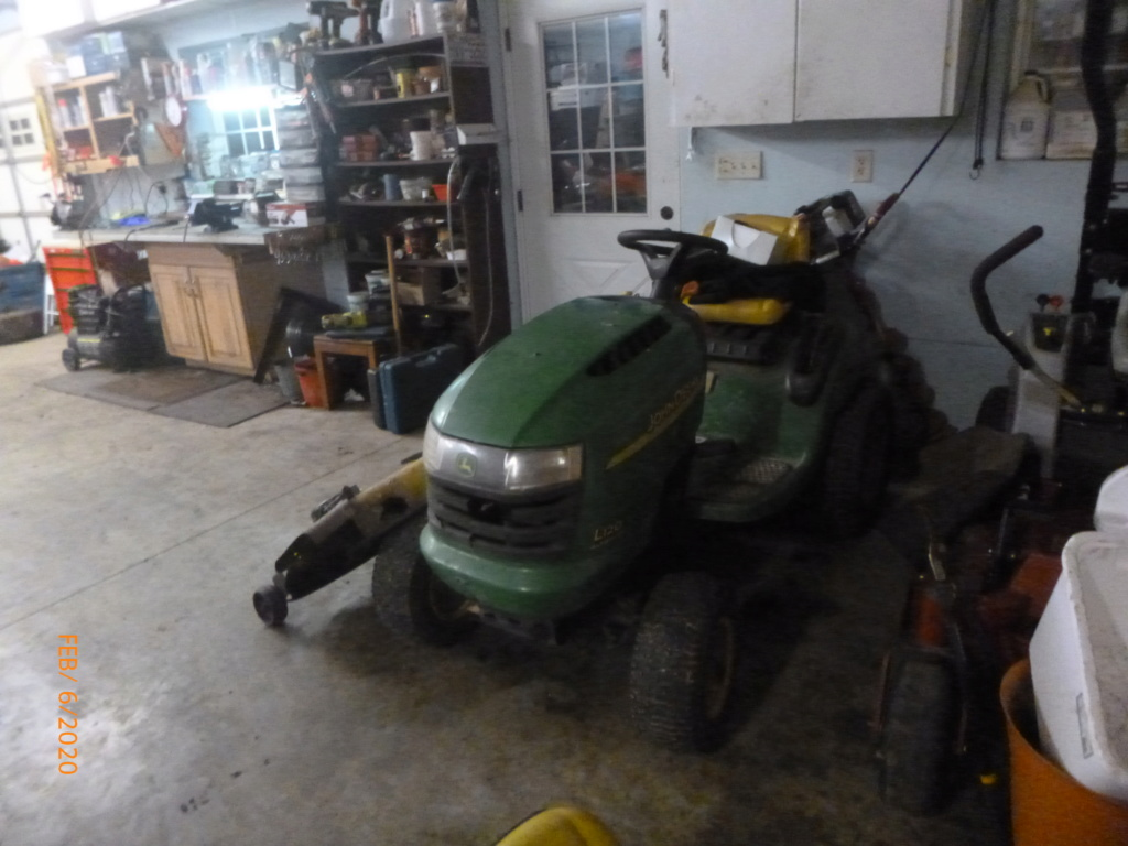 Murraymountain's Lawn Tractor Repairs - Page 7 P1140215