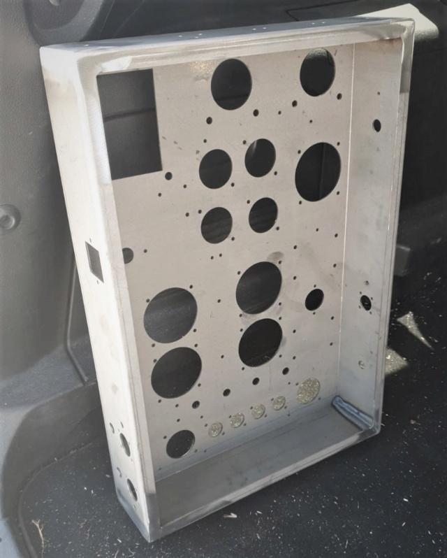 Un amplificatore per cuffie elettrostatiche ( コジンスキー ) - Pagina 6 Telaio16