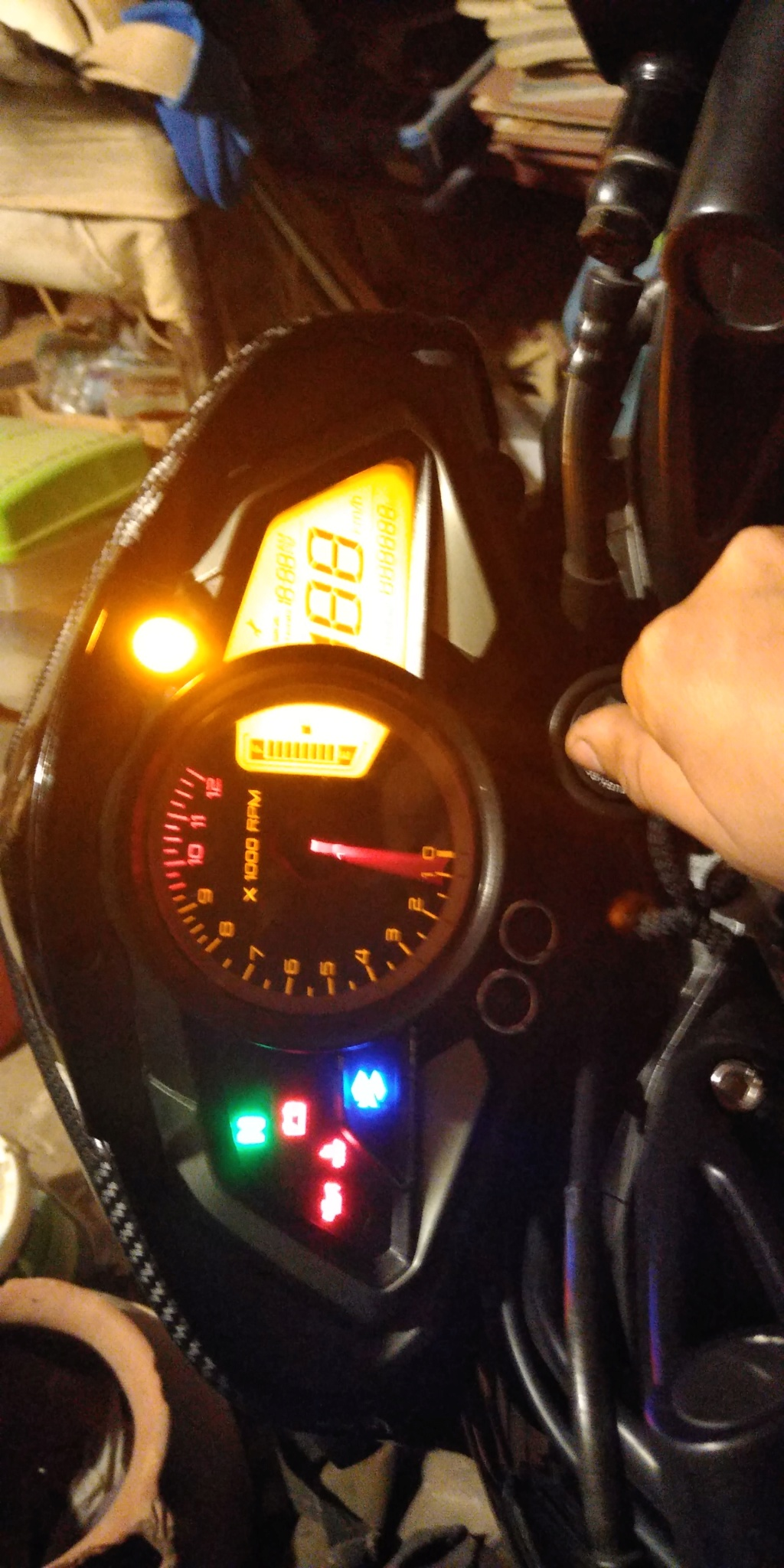 ¿Problemas? Con tema de luces. Img-2012
