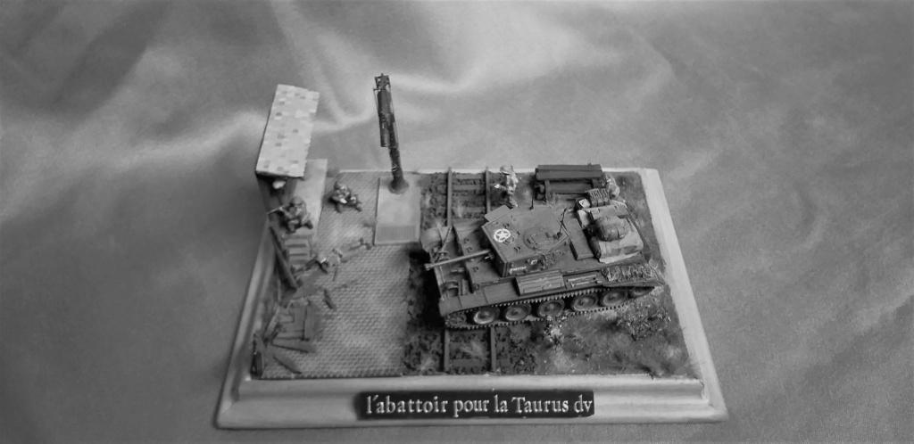 <<L'ABATTOIR POUR LA TAURUS DIVIVISION>>dio términé Cromwell 1/72 Revell L_abat16