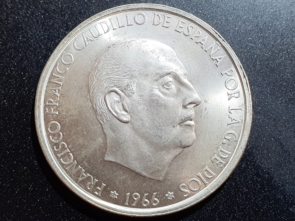 100 Pesetas 1966 (*19-69). Palo recto. Estado Español 20200318