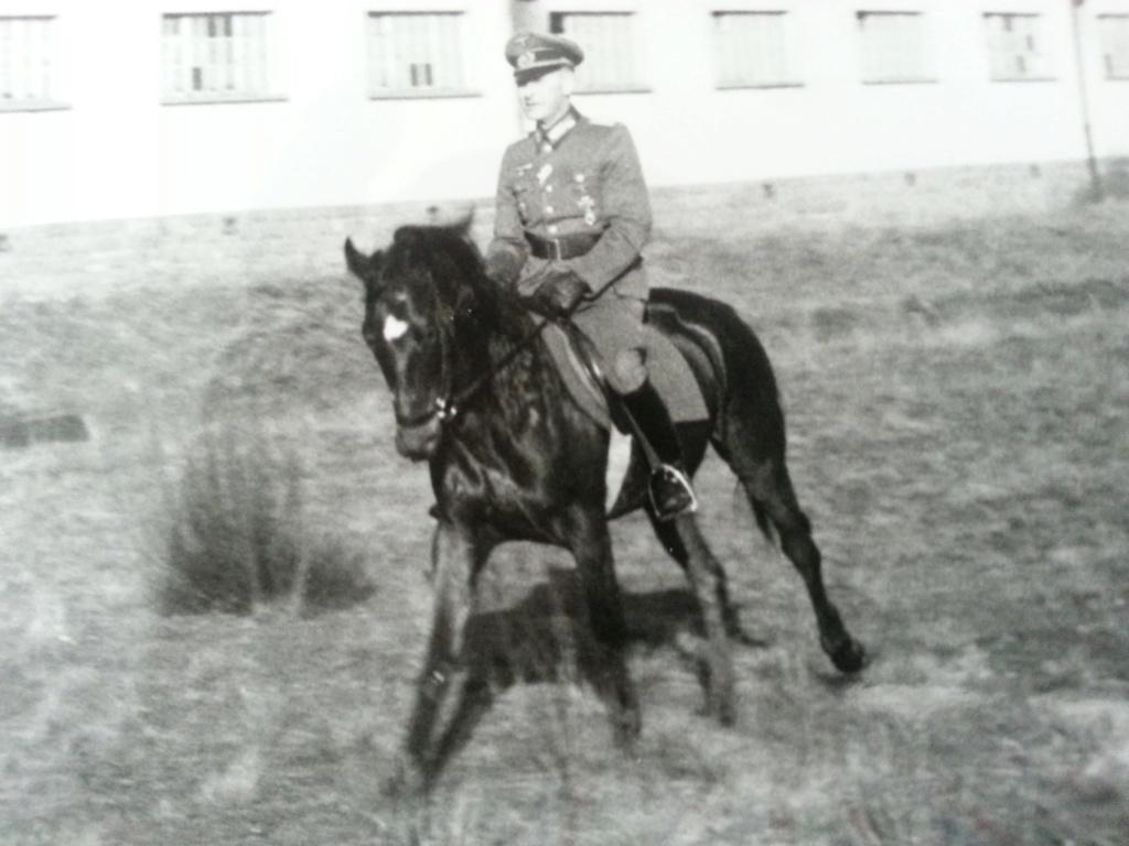 Generalleutnant Hans Schaefer  Marsei12