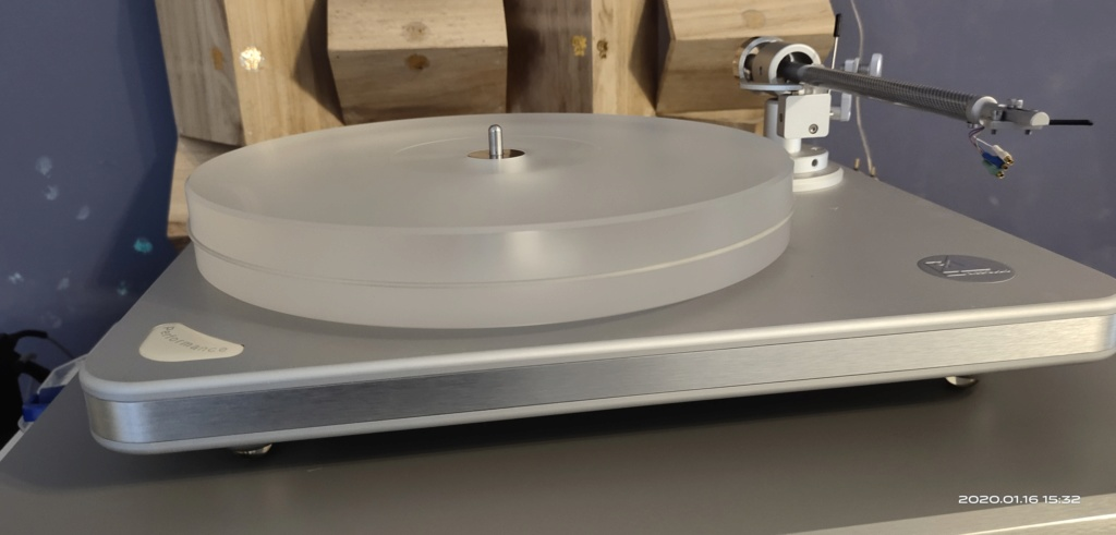 Clearaudio Performance SE Turntable (SOLD) 2020-016