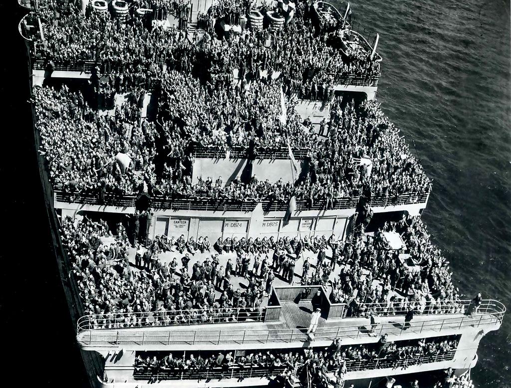 RMS Queen Mary I [scratch carton 1/1000°] de PADOU35 59765610