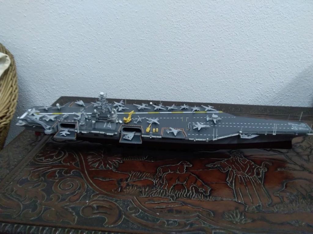 Porte-avions USS JOHN STENNIS CVN-74 (1/700) Img_2014