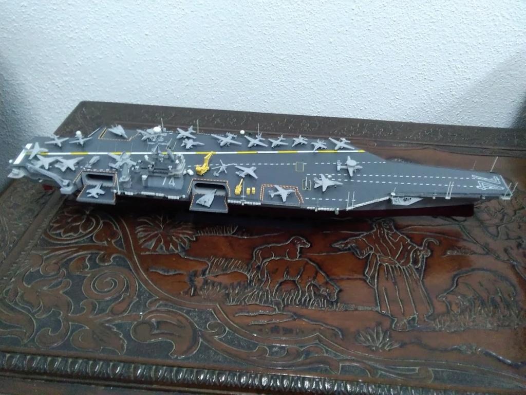 Porte-avions USS JOHN STENNIS CVN-74 (1/700) Img_2015