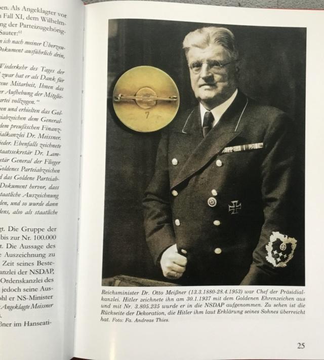 Les médailles de Hitler D1291910