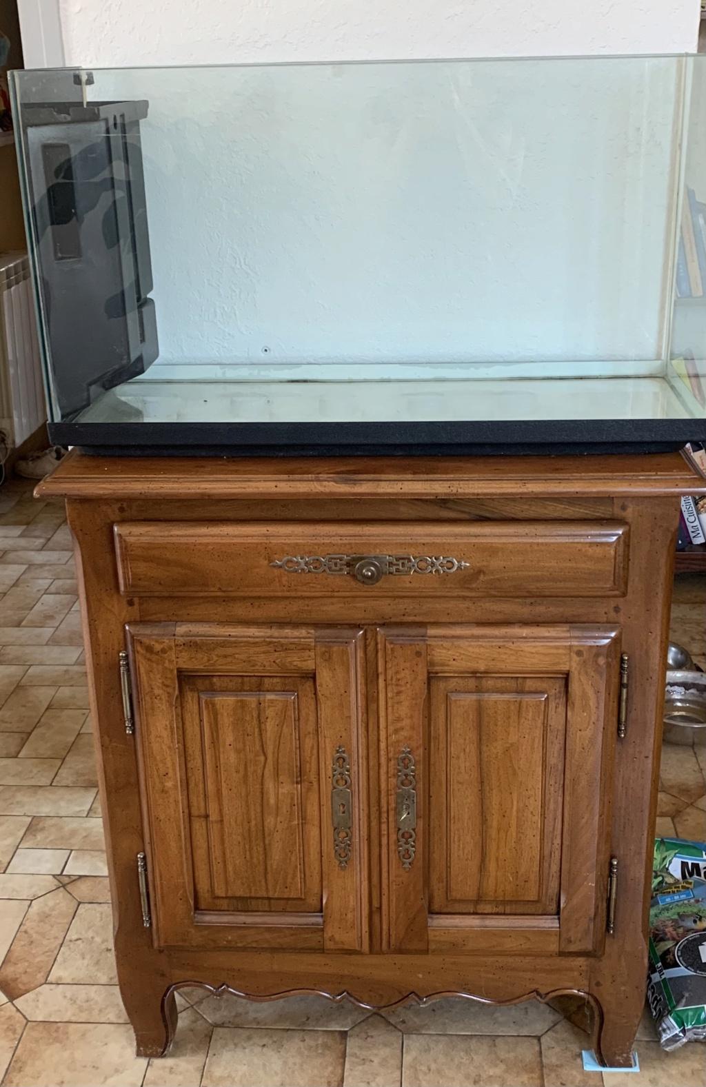 Meuble aquarium 100L 43d48c10