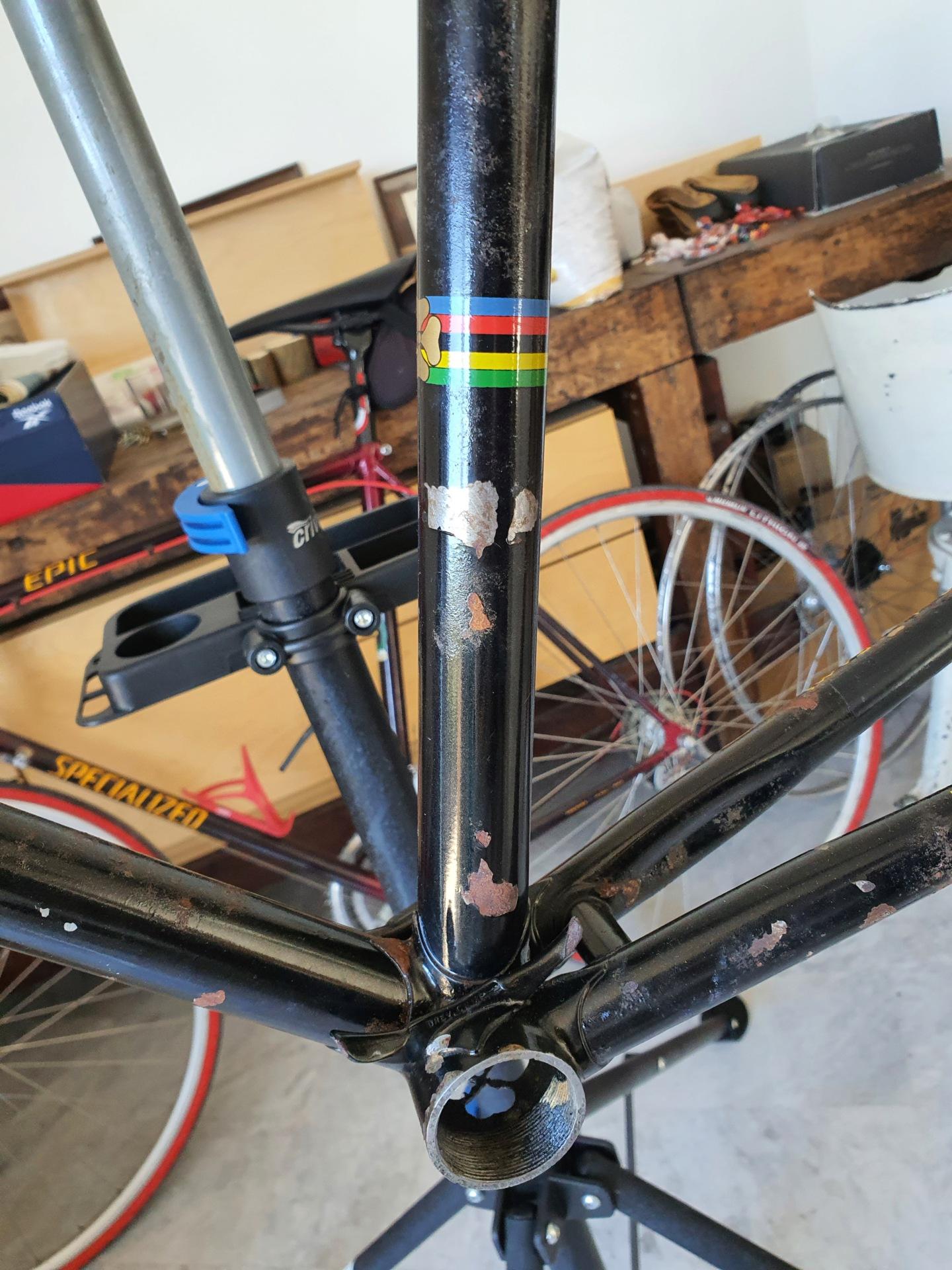 Restauration vélo TOMI 1977 (peut être). Cadre - peinture ou pas? 20211012