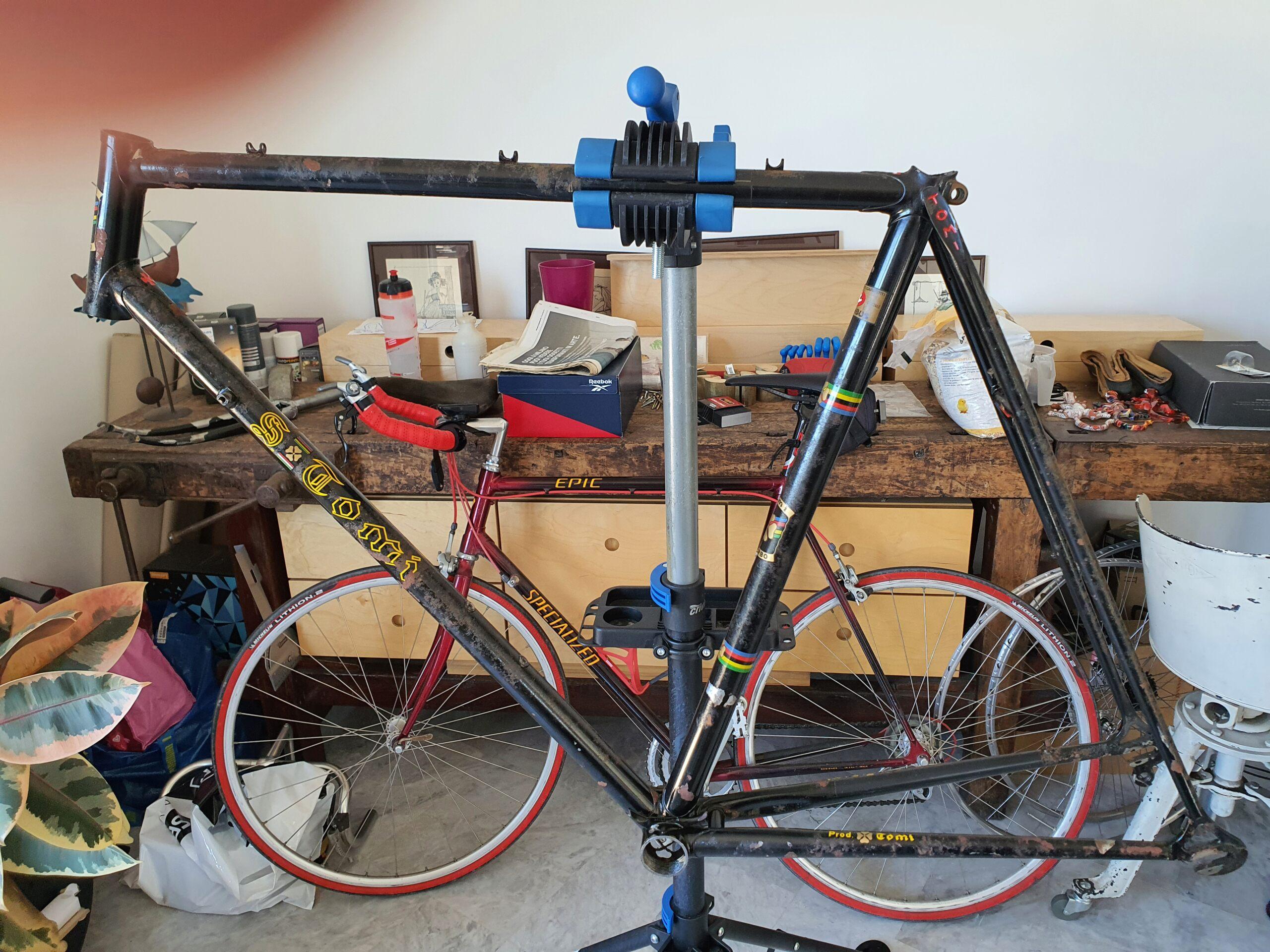 Restauration vélo TOMI 1977 (peut être). Cadre - peinture ou pas? 20211013