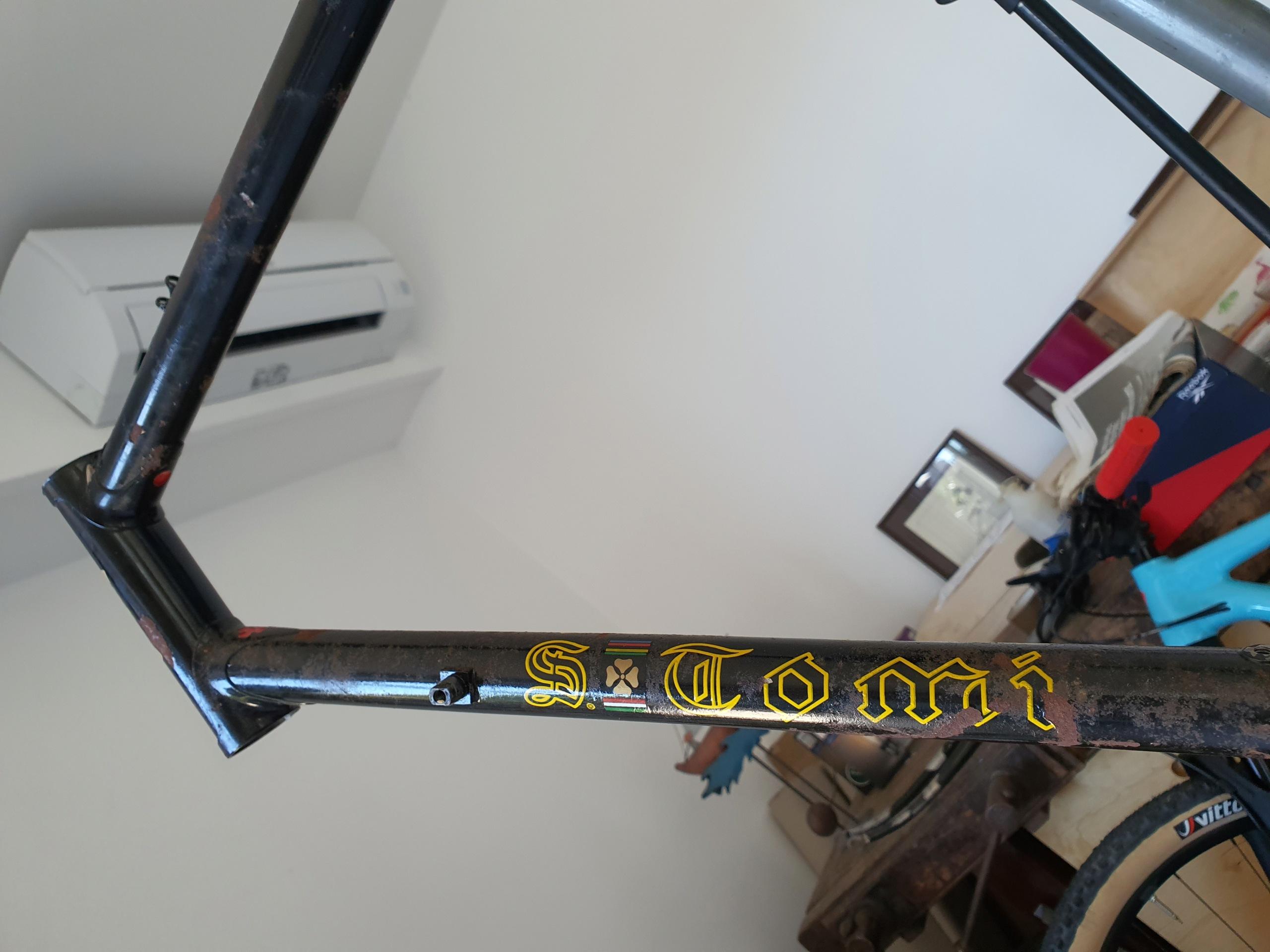 Restauration vélo TOMI 1977 (peut être). Cadre - peinture ou pas? 20211016