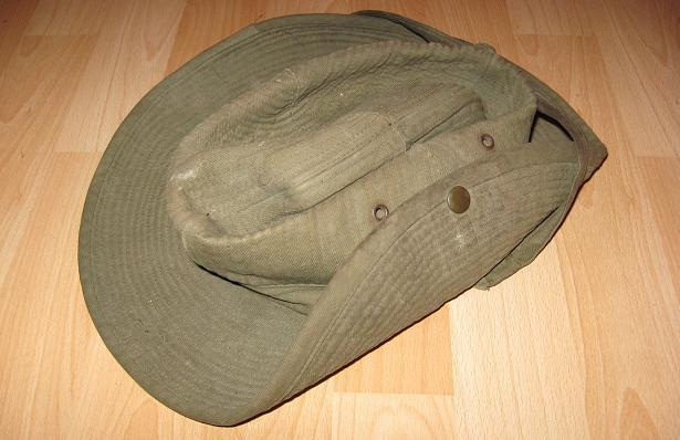 Chapeau de brousse. 00_00310