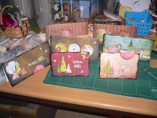 Cartes de Noel 2008 - Page 3 P1020712