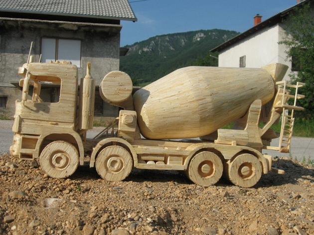 Maquettes de camions en allumettes !  Incred10