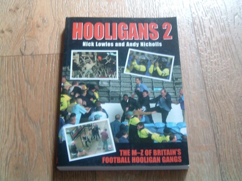Les livres divers (non sortis par les groupes) du mouvement Hoolig11